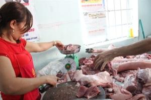 Giá heo Đồng Nai tăng lên 28.000đ/kg hơi